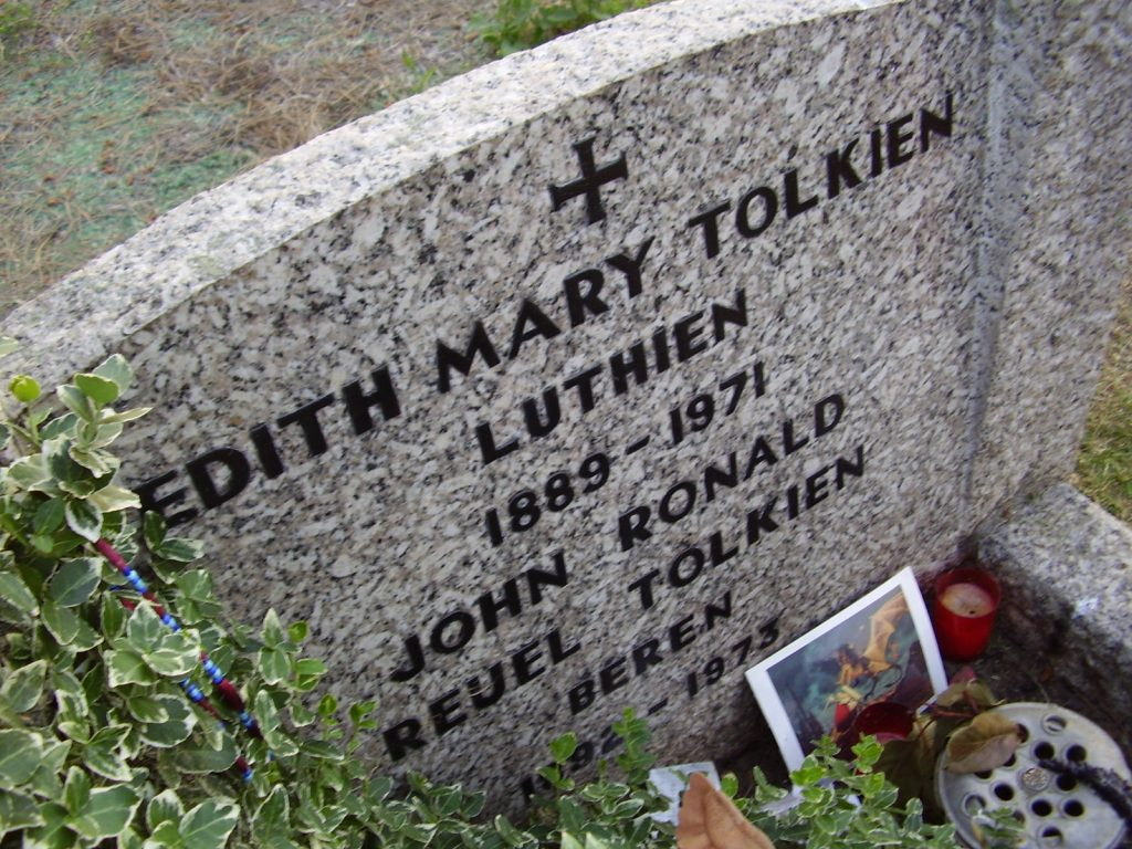 The Tolkiens' headstone, photo by Álida Carvalho, public domain