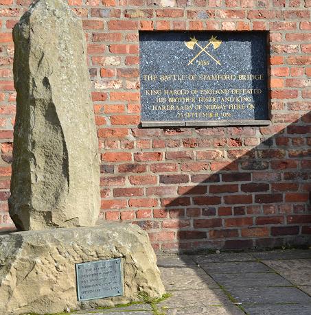 Memorial, Stamford Bridge