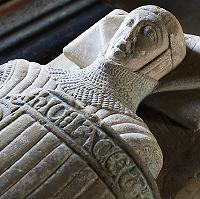 Detail from the effigy of Gruffydd ap Llywelyn ap Ynyr